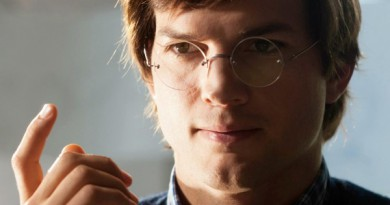 Jobs-2013-Movie-Poster-Stills