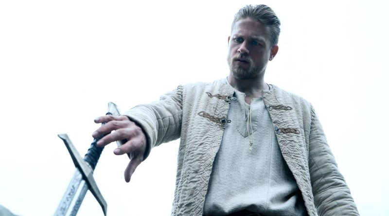 Charlie Hunnam i King Arthur- Legend Of The Sword