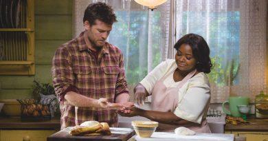 Sam Worthington og Octavia Spencer i The Shack